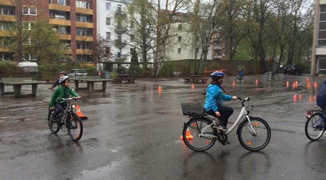 Fahrradtraining für unsere Verkehrssicherheit